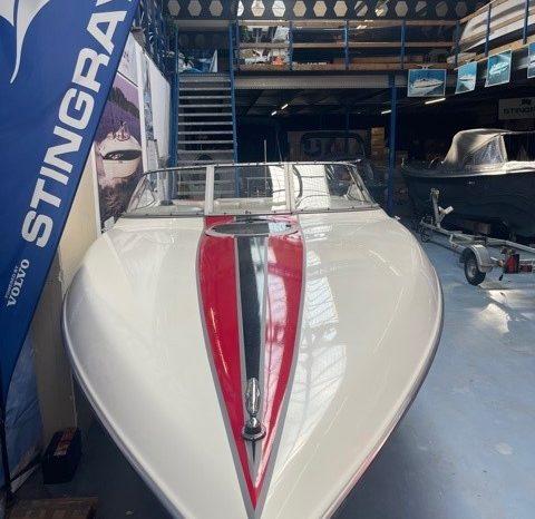 Stingray 230 SX met Mercruiser 5.7 MPI 300 PK vol